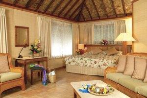 huahine-te-tiare-interno-bungalow