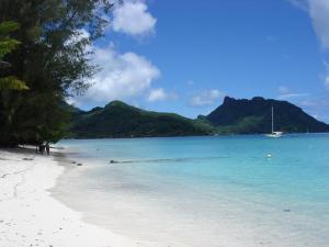 huhina-spiaggia