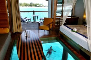 interno-bungalow-overwater4