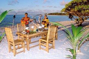 kia-ora-sauvage-colazione-sulla-spiaggia