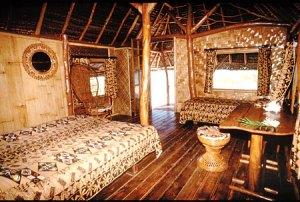 kia-ora-sauvage-interno-bungalow