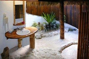 manihi-pearl-bagno-nei-beach-bungalow1