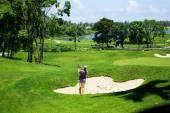 moore-golf-2