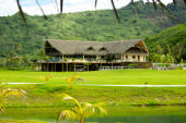moorea-golf-club-house2