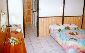 moorea-hibiscus-interno-bungalow