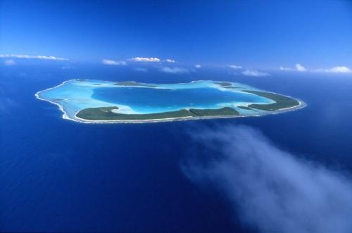 tetiaroa, é un atollo, o isola bassa.