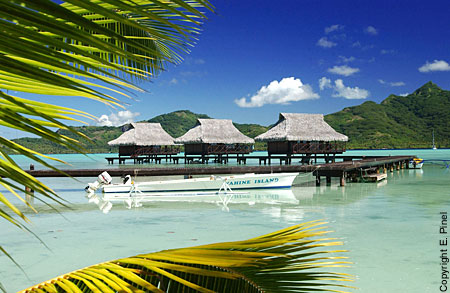 vahine-island-bungalow-overwater-2
