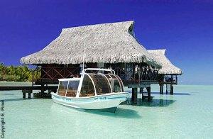 vahine-island-bungalow-overwater1