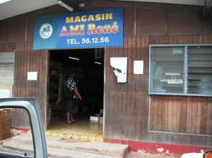 negozio a papetoai, moorea